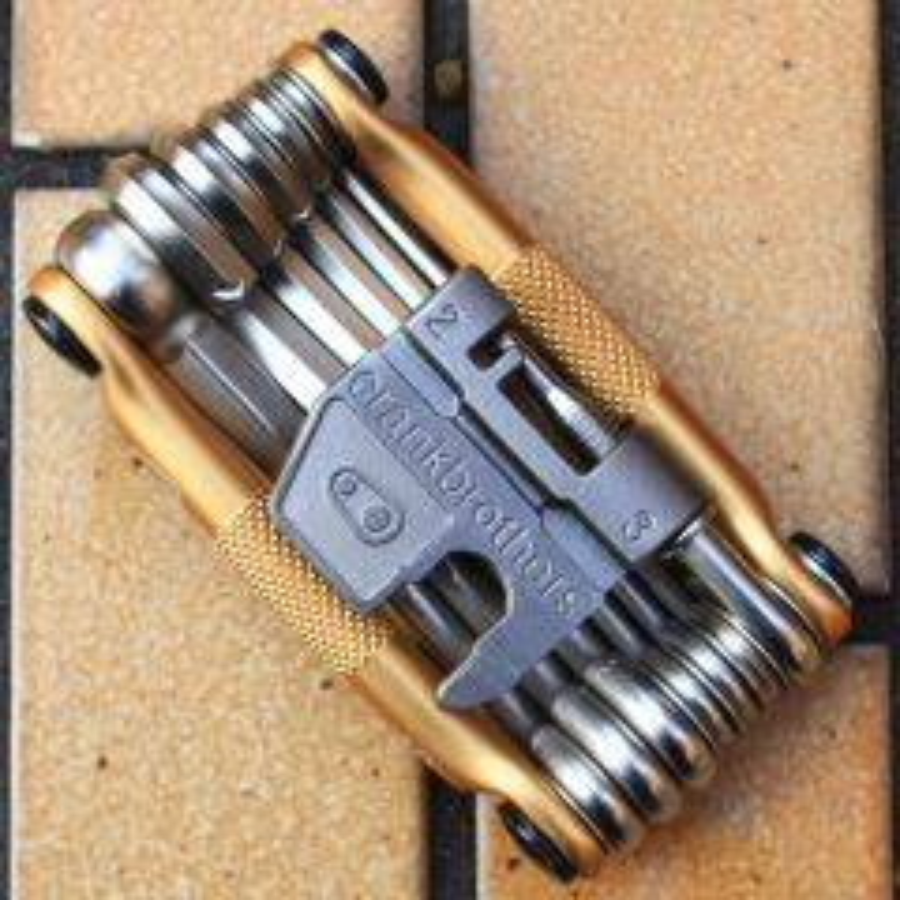*CRANK BROTHERS* m19 multi tool (gold)