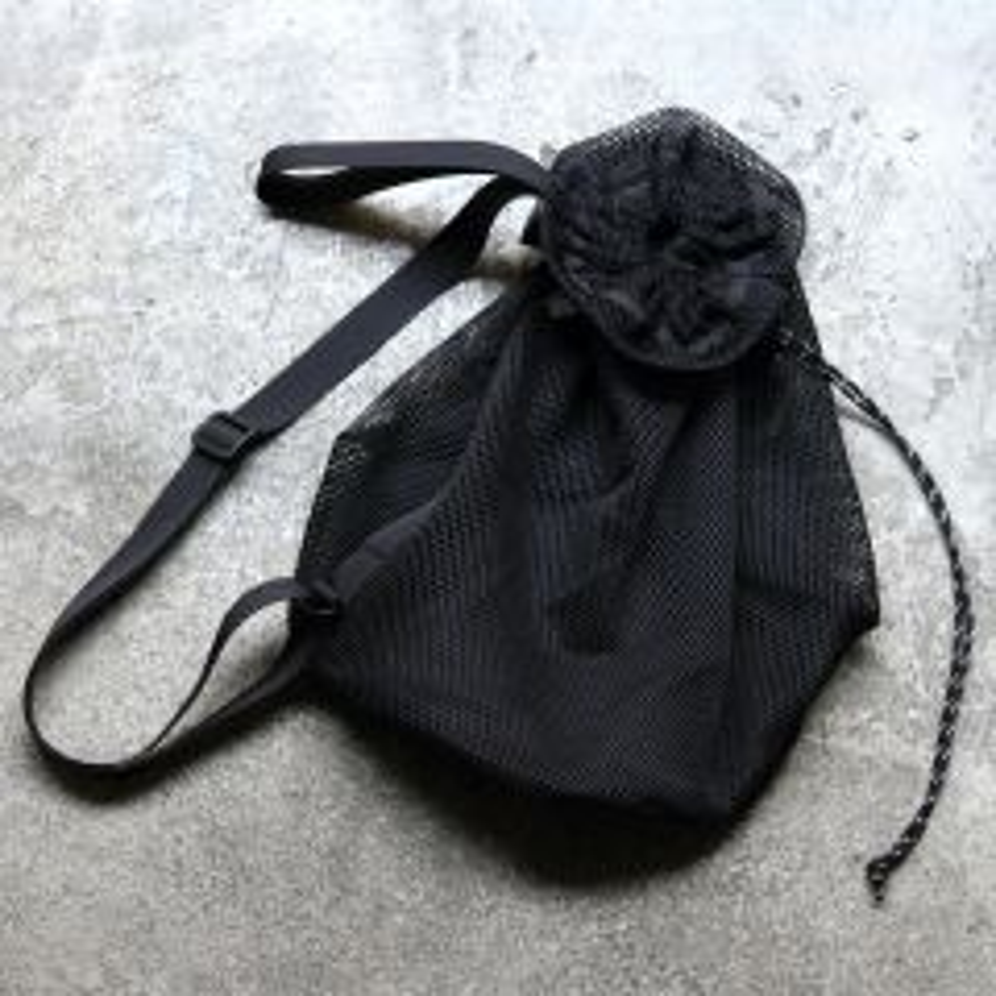 *BLUE LUG* ball bag (all black)