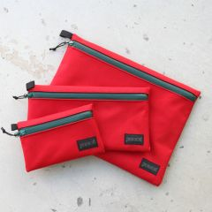 *BLUE LUG* dry pouch (red/green)