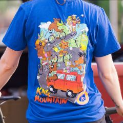 *TEAM DREAM BICYCLING TEAM* intimate friends grand tour tee (royal)